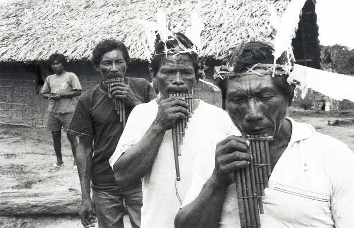 Índios Tukano. Foto: Márcio Meira, 1990.