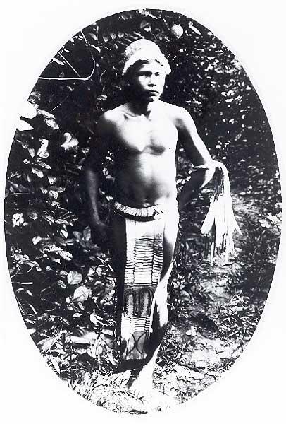 Índio Tukano no Rio Uaupés. Foto: Acervo Museu do ìndio, 1928.