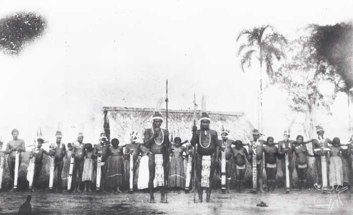 Índios Tukano. Foto: Curt Nimuendaju, década de 1930.