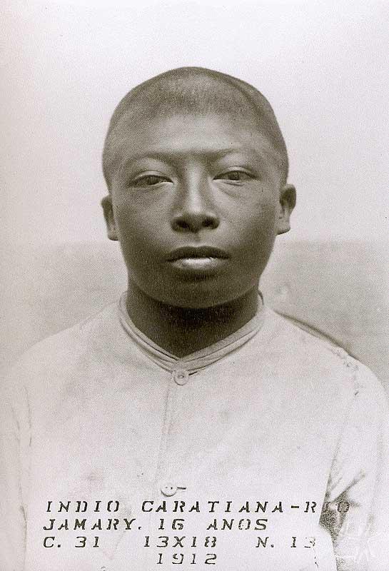 A fotografia mais antiga de que se tem notícia de um Karitiana. Foto: membro da Expedição de Carlos Chagas à Amazônia, 1912.