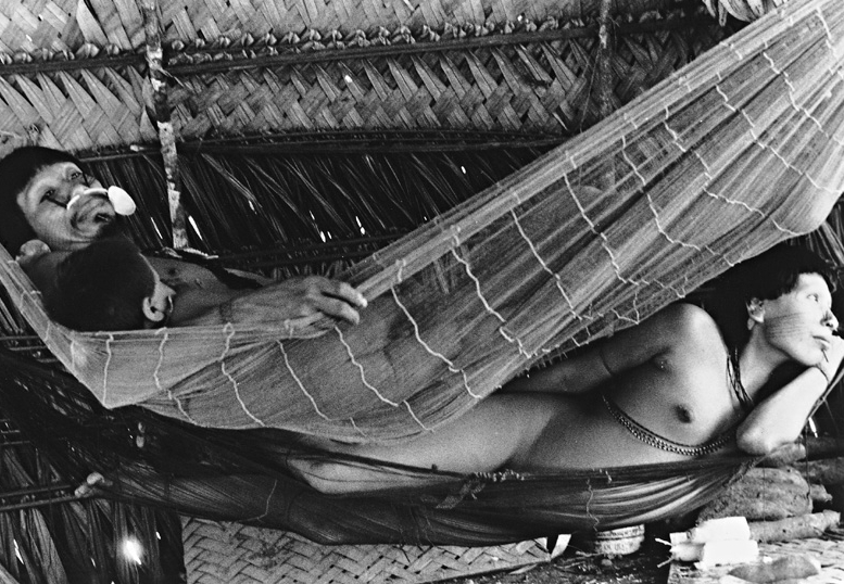 Índios Matis.Terra Indígena Vale do Javari. Amazonas, 1988. Foto: Milton Guran/Agil
