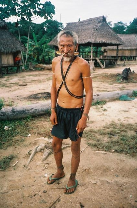 Índio Matis. Terra Indígena Vale do Javari. Amazonas, 1985. Foto: Philippe Erikson