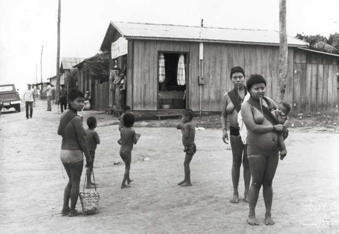 Aldeia da Linha 14, em Espigão D´Oeste. Foto: Marcos Santilli, 1977.