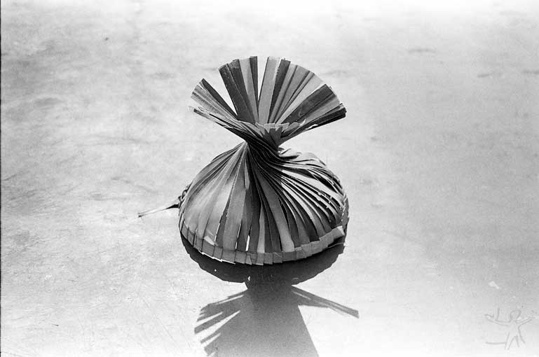 Chapéu de palha ritual (