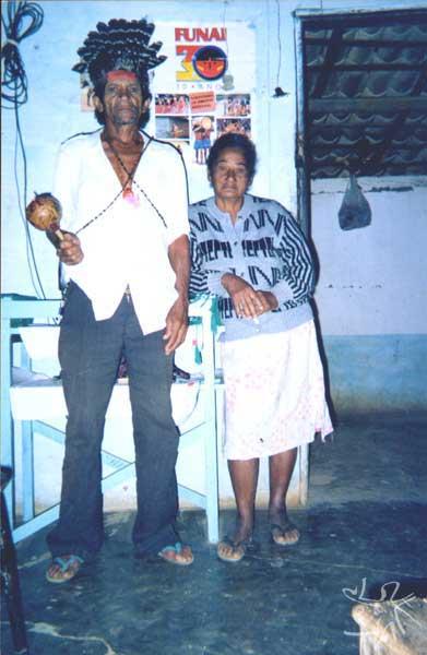 Cacique Alfredo José Pankaru e Lourdes Pankaru. Foto: Ely Souza Estrela, 1999.