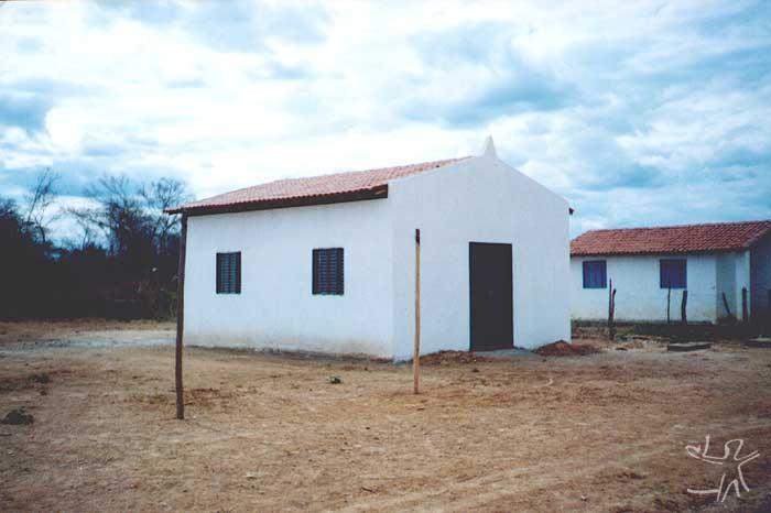 Igreja da Aldeia Vargem Alegre. Foto cedida por Ivone Gomes, final da década de 1990.