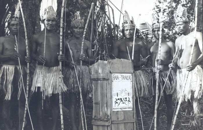 Demarcação da TI Potyguara na Baía da Traição. Foto: Tiuré, 1981.