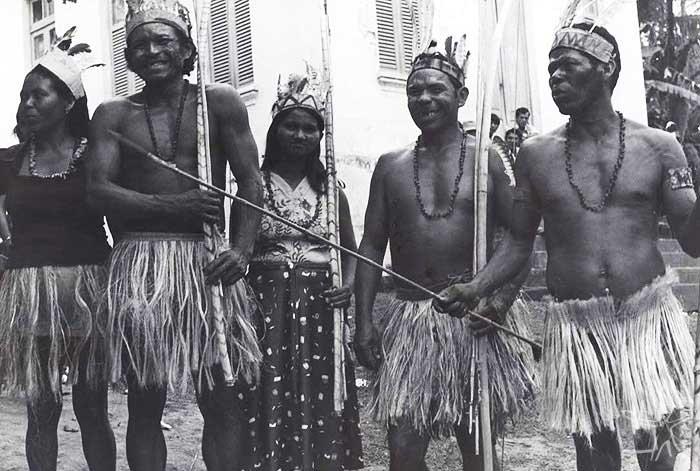 Toré realizado na Baía da Traição. Foto: Tiuré, 1981.