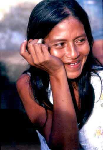 Mulher Tembé da aldeia do Posto. Foto: Vincent Carelli, 1980