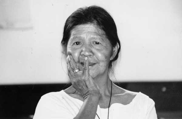 Maria Rosa à Xetá conhecida como à – Seu nome Xetá é Moko (=tamanduá). Tem aproximadamente 46 anos, é casada, tem três filhos. Reside no PIN Guarapuava. Foto: Márcia Rosato. Data: Agosto, 1997, Curitiba, Paraná
