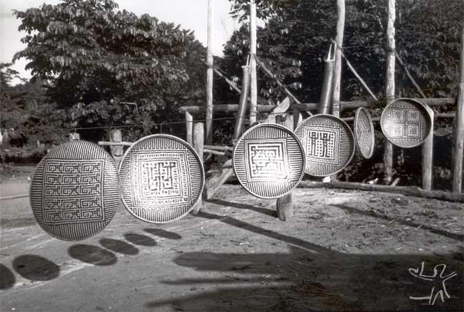 Cestas ye´kuana na aldeia de Auaris. Foto: Volkman Ziegler, 1982.