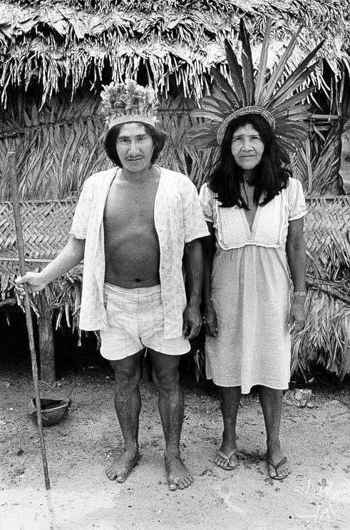 Nissanissa e Inaraí Asuriní. Foto: Michel Pellanders, 1987