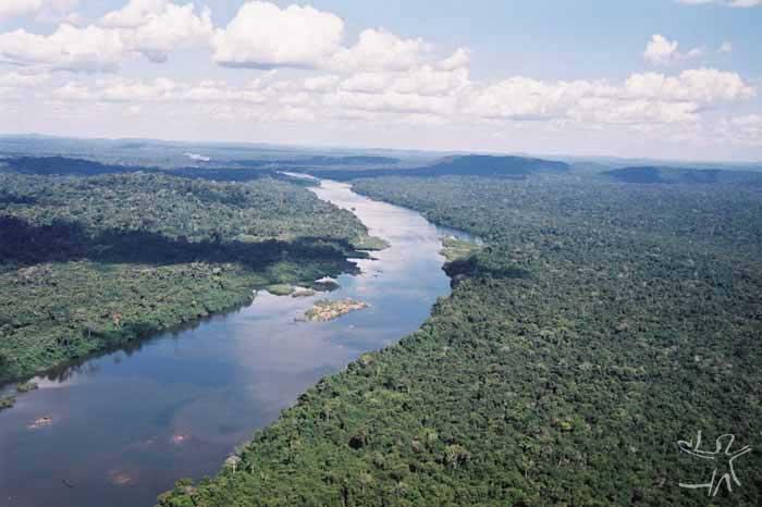 Rio Curuá. Foto: André Villas Boas, 2002