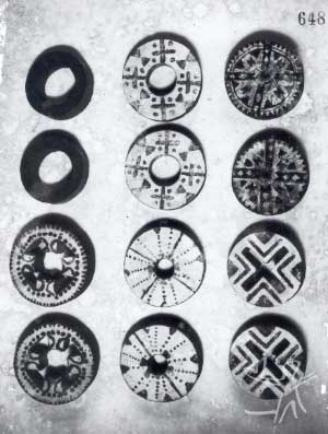 Brincos auriculares (Kyi). Foto: Curt Nimuendaju, 1931.