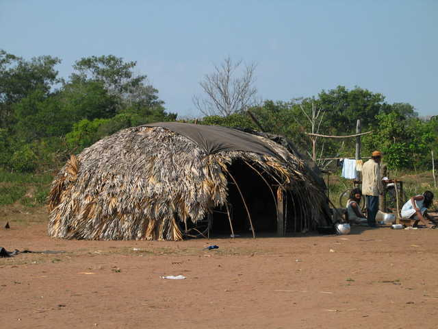 Nambikwara Mamaindê, Aldeia Central, Mato Grosso. Foto: Kristian Bengtson, 2003