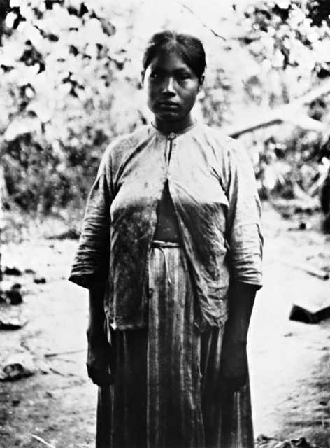 Índia Guató da família do Capitão Fernandez (Chico), Alto Paraguay, Terra Indígena Guató, Mato Grosso do Sul.