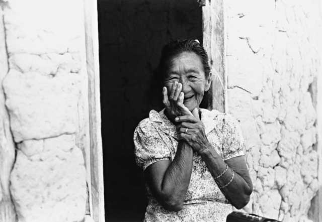 Índia Wapichana, Terra Indígena Malacacheta. Foto: Eliane Motta, 1984