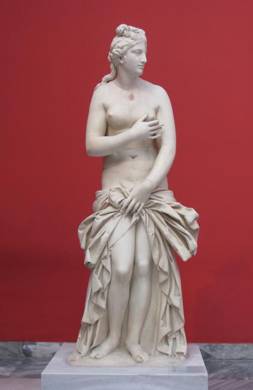 Estátua de Afrodite. Museu Nacional de Arqueologia de Atenas, Grécia. Foto: Tilemahos Efthimiadis, 2009. Publicada sob uma licença Creative Commons (Atribuição 2.0 Genérica: Você deve dar crédito ao autor original, da forma especificada pelo autor ou licenciante).