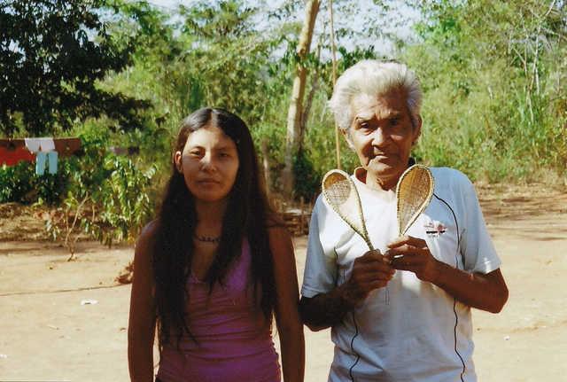 Índios Apiaká, Aldeia Mayrob, Terra Indígena Apiaká-Kaiabi, Juara, Mato Grosso. Foto: Giovana A. Tempesta, 2007.