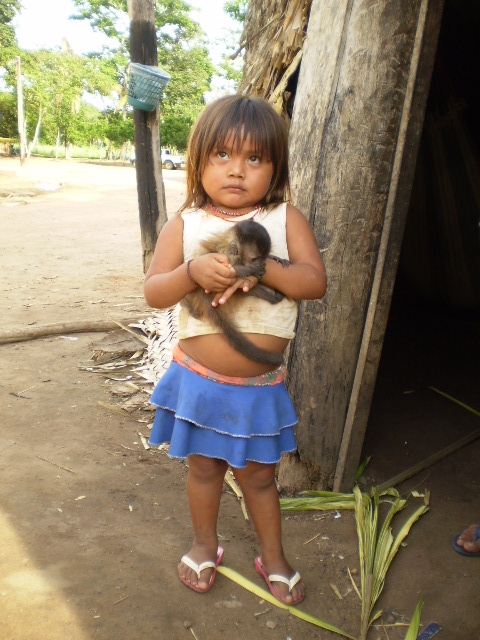 Zoró girl, Zawa Karej Pangyjej Village School, Zoró Indigenous Territory, Mato Grosso. Photo: APIZ - Association of the Zoró Pangyjej Indigenous People, 2007