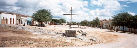 Vista parcial da Vila de Cimbres (a partir da Igreja de Nossa Senhora das Montanhas). Foto: Vânia Fialho, 2001