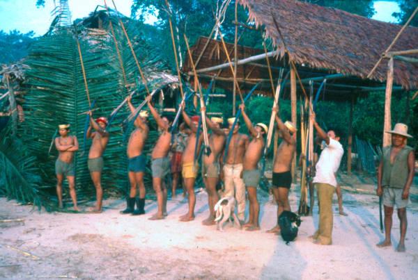 Tsohom Djapá, aldeia Caranã, Rio Jutaí, Terra Indígena Vale do Javari, Amazonas. Foto: Egon Heck, 1980