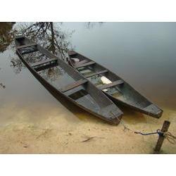 Canoas meio de transporte usado pelos ribeirinho_Terra do Meio_MArcelo Salazar.JPG