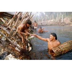 O Yaõkwá, ritual mais longo dos índios Enawenê Nawê (Terra Indígena Enawenê Nawê, MT), dura 7 meses e cumpre a obrigação de saciar a sede e a fome dos espíritos. 2009  / © Vincent Carelli