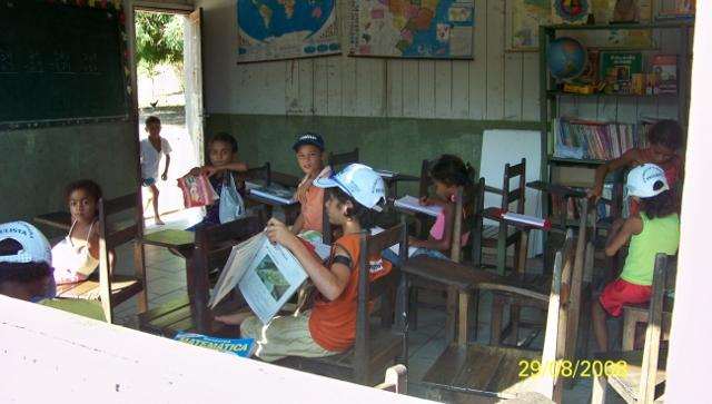 Um dia de aula na escola de responsabilidade do município de Senador José Porfírio/Pará. Foto: Michel Patrício, 2008.
