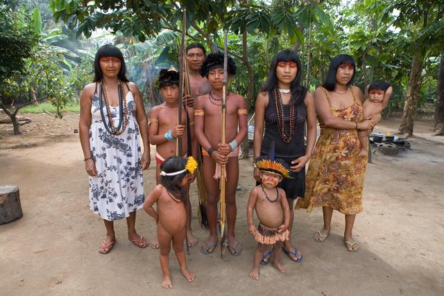 Índios kisêdjê, Terra Indígena Wawi (MT). Fonte: Ton Koene