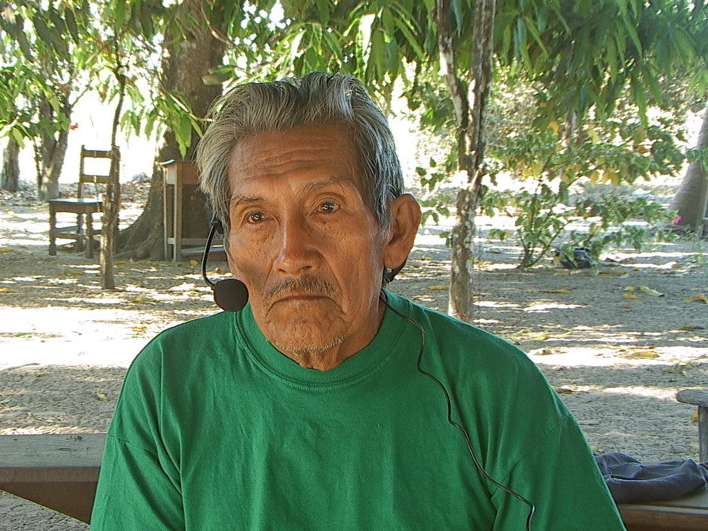 Sr. Nilo Puruborá, aldeia Aperoi. Foto: Ana Vilacy Galucio, 2007.